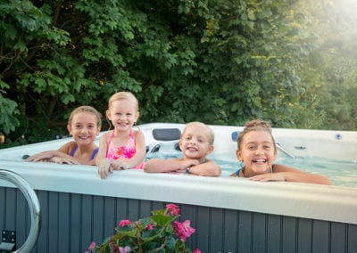 family-size-hot-tubs-for-kids-and-adults