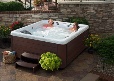 the-perfect-hot-tub-for-your-backyard