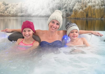 wide-selection-of-hot-tubs-at-our-store-in-ohio