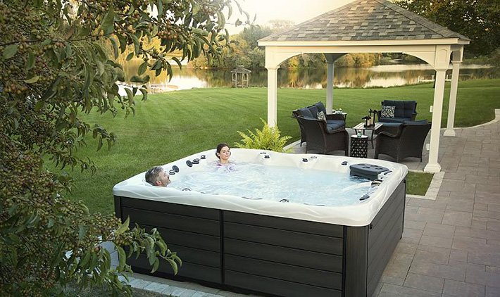 Can I Use My Hot Tub in the Summer Months?